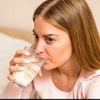 Health Benefits Of Drinking Warm Water: गर्म पानी पीने से मिल सकते हैं बेमिसाल फायदे, सेहत और सुंदरता में आएगा सुधार