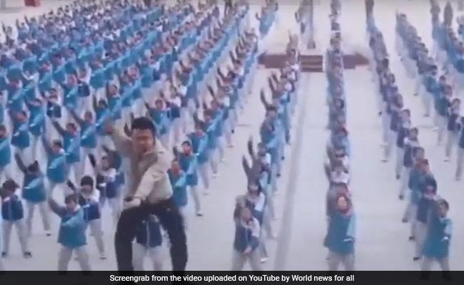 PT टीचर ने Dura गाने पर बच्चों को कराया ऐसा डांस, TikTok वीडियो भी हुए फेल