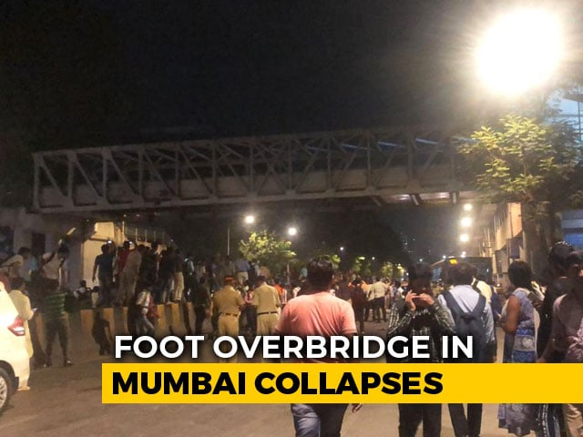 Video : 5 Dead, 36 Hurt As Foot Overbridge Collapses Near Mumbai's CST