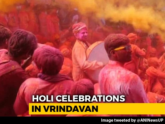 Video : With Colours And Flowers In Air, Holi Celebrations In Vrindavan