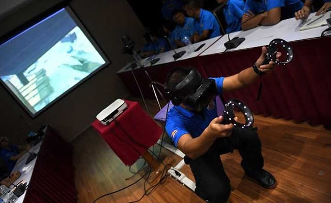Bodybags, Rats, Waste: Disaster Response Turns To VR For Grim Training