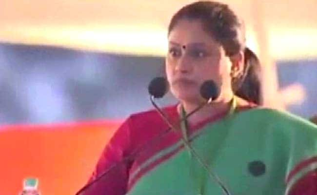 Photo of Actor Vijayashanti Likely To Swap Congress For BJP Ahead Of Hyderabad Polls