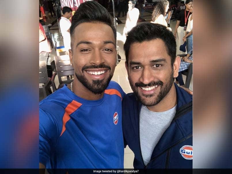 Hardik Pandya Starts IPL 2019 Training With MS Dhonis Trademark Shot - Watch