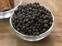 Black Pepper And Honey: काली मिर्च में शहद मिलाकर सेवन करने से बढ़ती है इम्यूनिटी और पाचन शक्ति, जानें 6 जबरदस्त फायदे!