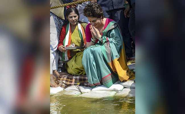 गंगा की सफाई को लेकर नितिन गडकरी का प्रियंका गांधी पर तंज, कहा- क्या वह पहले कभी गंगा का पानी पीतीं