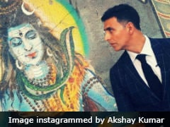 On Mahashivratri, Akshay Kumar And Other Celebs Chant 'Har Har Mahadev'