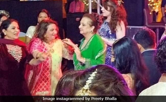 Pic Of Saira Banu Dancing At Grandniece Sayyeshaa Saigal's Sangeet Is Now Viral