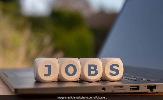 BSF Recruitment 2019: Online Application Begins For Head Constable Vacancy; Last Date June 12