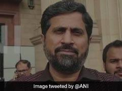पाकिस्तान में हिंदुओं के खिलाफ विवादित बयान देने पर मंत्री की 'छुट्टी'