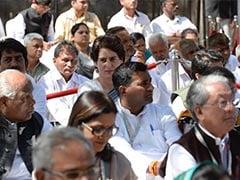 कांग्रेस ने PM के गृहराज्य में फूंका चुनावी बिगुल, CWC की बैठक में सोनिया गांधी ने कहा- पीड़ित बनने की कोशिश में मोदी, पर पीड़ित तो जनता है
