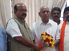 Karnataka Lawmaker Who Quit Congress Joins BJP Before PM Takes To Stage