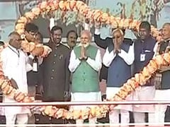 PM On Stage With Nitish Kumar At Election Rally, First In A Decade