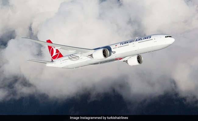 30 Injured As Turbulence Hits Turkish Airlines Flight To New York