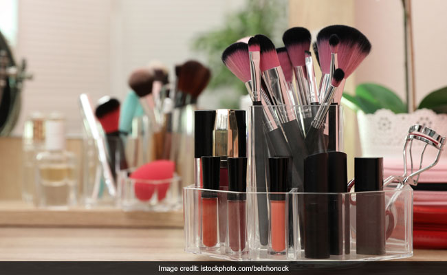 10 Best-Selling Beauty Products On Amazon That Are All Under Rs 300