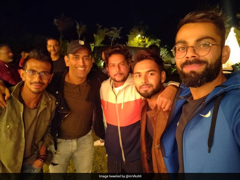 "Virat Kohli Thanks MS Dhoni For ""Perfect Team Evening"""