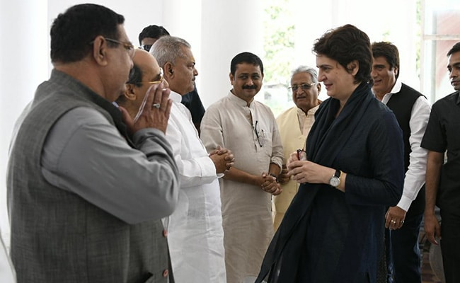 प्रियंका गांधी ने 'गंगा-जमुनी तहजीब यात्रा' से पहले यूपी के लोगों के लिए लिखा खत, कहा- आपके द्वार पर आ रही हूं