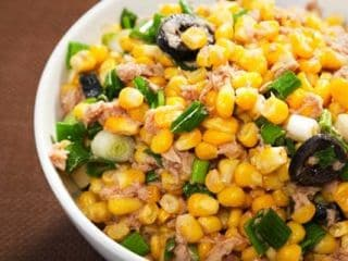 High-Protein Diet: This Sprouts & Corn Chaat Can Be Great For Your Weight Loss Journey