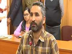 आतंकवादी, पत्थरबाज कहा और फिर आधारकार्ड मांग पीटने लगे: लखनऊ में कश्मीरी पीड़ित ने NDTV से सुनाई आपबीती