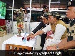 ''300 மொபைல்களை மரங்களா பயன்படுத்தியது?'' - எதிர்க்கட்சிகளுக்கு ராஜ்நாத் கேள்வி