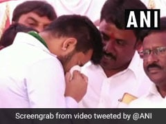 """HD Deve Gowda, Grandson Weep At Event; """"First Drama For 2019,"""" Tweets BJP"""