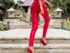 समर सीज़न के लिए परफेक्ट 5 Red Pants