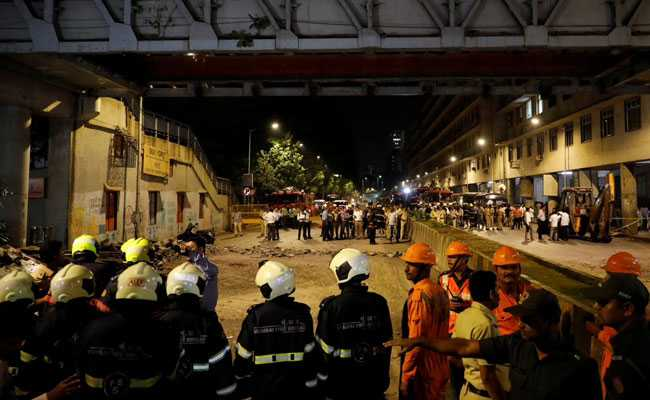 Mumbai bridge collapse kills four