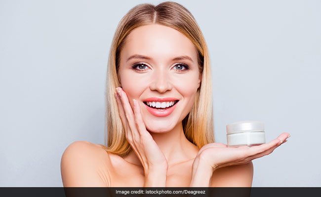 Women's Day: 5 Ayurvedic Face Scrubs For A Beauty Session At Home