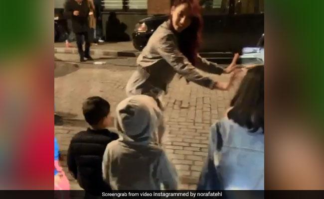 नोरा फतेही ने 'कमरिया' सॉन्ग पर बच्चों संग किया धमाकेदार डांस, Video हुआ वायरल