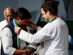 राहुल गांधी की मौजूदगी में कांग्रेस में शामिल हुए पाटीदार नेता हार्दिक पटेल, इस सीट से लड़ सकते हैं चुनाव