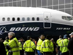 Boeing 737 MAX Makes Emergency Landing After Engine Issue During Transfer
