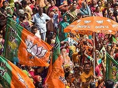 60 Prominent TDP Leaders, Several Party Workers Join BJP In Telangana
