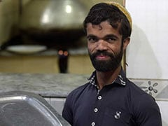 Pakistani Tyrion Lannister? Man Finds Fame As '<i>Game Of Thrones</i>' Lookalike