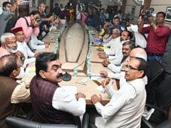 Elections 2019 : Exit Poll के बाद मध्यप्रदेश में सियासती हलचल, बीजेपी तलाश रही कमजोर कड़ी