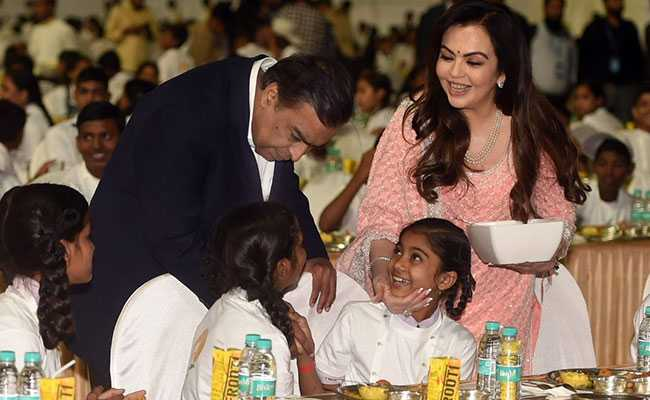 Mukesh Ambani, Wife Nita Serve Food To 2,000 Kids Ahead Of Son's Wedding