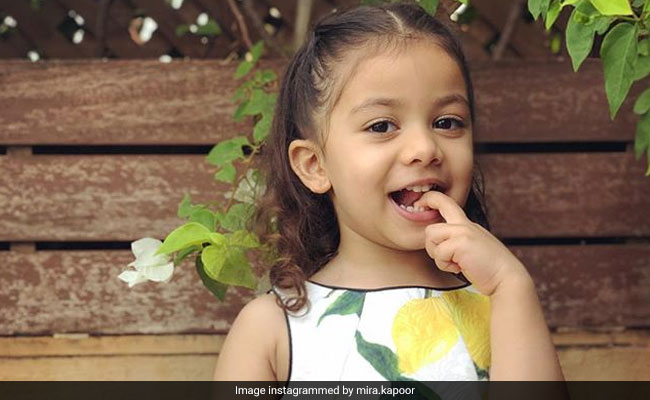 Looks Like 'Big Little' Misha Can Read Mom Mira Rajput's Mind In This Pic