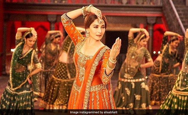 Kalank Box Office Collection Day 2: 'कलंक' का बॉक्स ऑफिस पर धमाका, आलिया-वरुण की फिल्म ने कमाए इतने करोड़