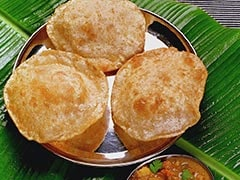 Celebrate The Ongoing Festivities With A Range Of Different Puris