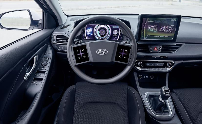 Hyundai's Virtual Cockpit Concept Gets Steering-Mounted Touchscreens