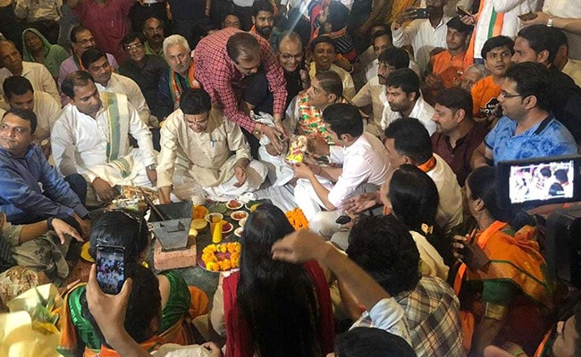 Elections 2019: With Puja And A Promise, BJP's Gautam Gambhir Goes To File Poll Papers