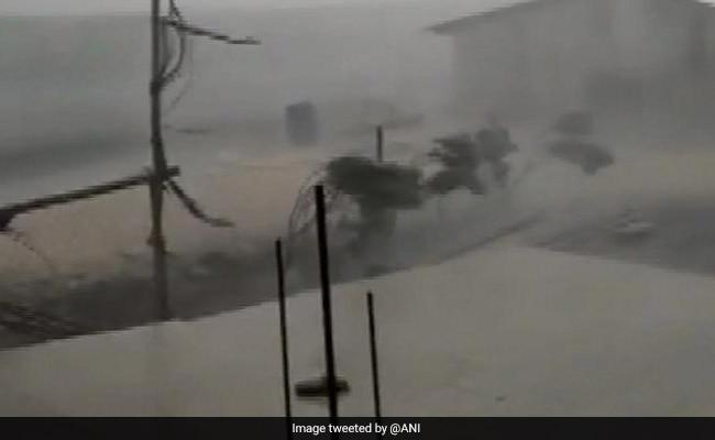 तेज आंधी-तूफान, बारिश का कहर: मध्य प्रदेश में 16 और राजस्थान में 6 की ली जान, फसल को भारी नुकसान