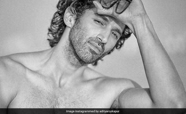 Aditya Roy Kapur Insists He's Single After Arjun Kapor And Parineeti Chopra Say He Lied In Viral Post