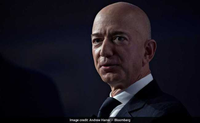 National Enquirer: Bezos' girlfriend's brother 'single source' for reports