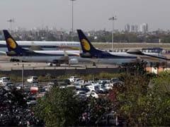 Jet एयरवेज ने अपने सभी ऑपरेशन रोके, 20 हजार नौकरियों पर गहराया संकट, इमरजेंसी फंड ना होना रही वजह