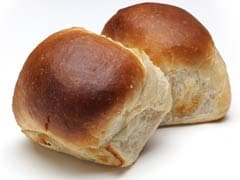 Give Rotis A Break And Spruce Up Your Meals With Dinner Rolls