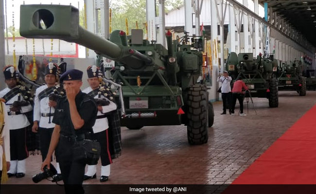 Army Gets A Fire Power Boost After Induction Of 'Dhanush' Artillery Guns