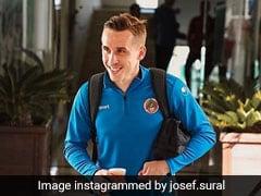 বাস দুর্ঘটনায় মৃত চেক প্রজাতন্ত্রের জাতীয় দলের ফুটবলার
