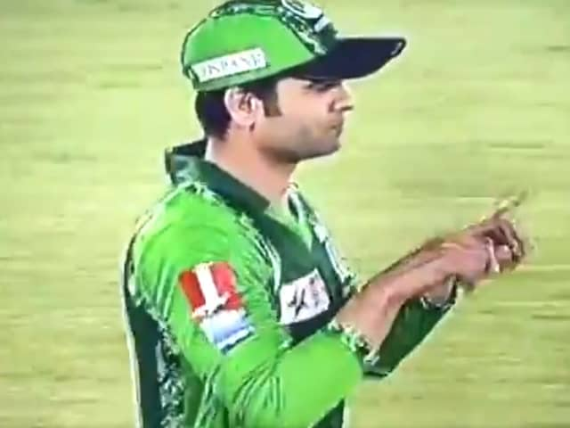 Watch: Pakistan Cricketer Sparks Fan Fury After Asking For Review Despite Dropping Catch