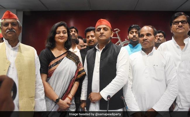 Samajwadi Party Fields Shalini Yadav To Take On PM Modi In Varanasi