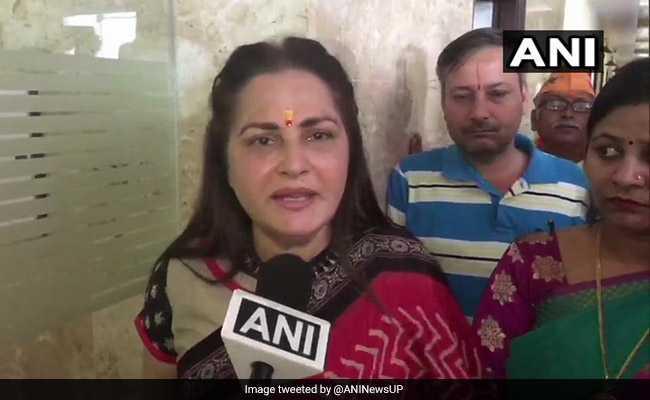 आजम खान का 'खाकी अंडरवियर' बयान: जयाप्रदा की मायावती से अपील- मेरी मदद कीजिए, सपा से वापस लें समर्थन