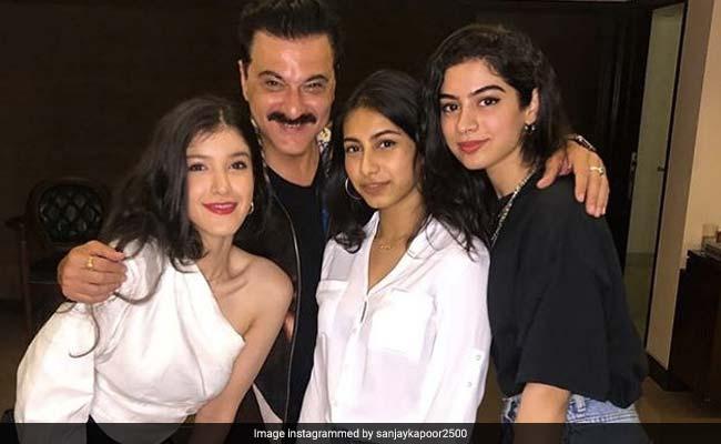 Khushi And Shanaya Are Sanjay Kapoor's TGIF 'Angels'. Pics Here